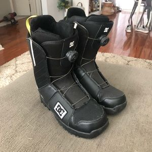 DC snowboard boots 10.5